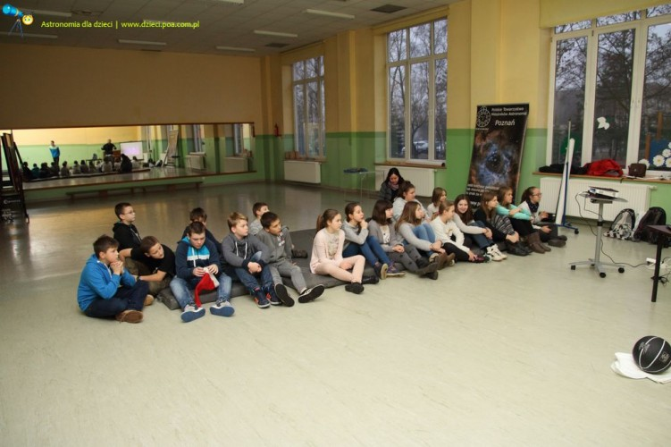 Zajęcia z astronomii w Szkole Podstawowej w Przeźmierowie - część pierwsza